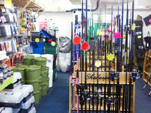 Fishing tackle shops in torquay paignton and brixham for Fishing bait store